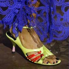 Смотреть Модные юбки 2019: фото фасонов, тенденции женской моды весны и лета видео