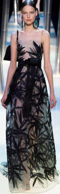Бордовое платье: 70 модных фото, цветовая гамма, луки в разных стилях и современные тенденции в 2019 году