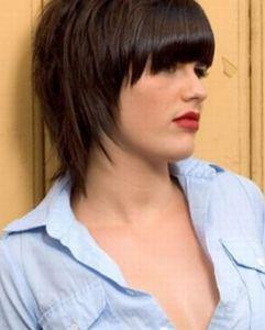 полудлинные стрижки вьющиеся волосы фото