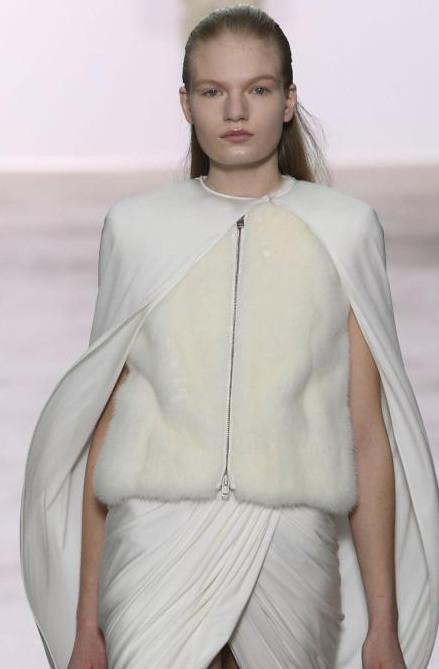 Модные тенденции в прическах для длинных волос