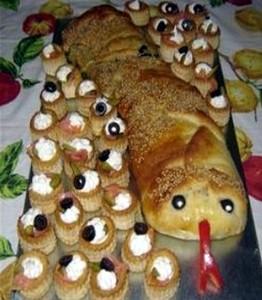 Змеи для украшения новогоднего стола