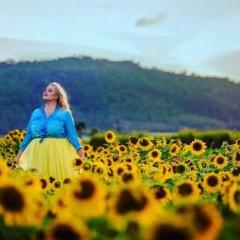 Пышкам! Модный показ на Лето 2018: летние платья на полных моделях - фото