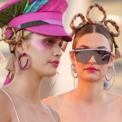 Баранки гну. Накладные кокетливые косы на головах моделей от бренда Area