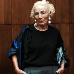 Мода для пожилых женщин: новинки 2017 года - фото