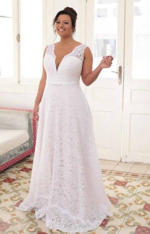 глубокий вырез на платье в пол - свадьба