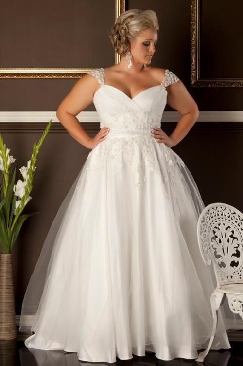 красивое свадебное платье для женщины за 40 лет