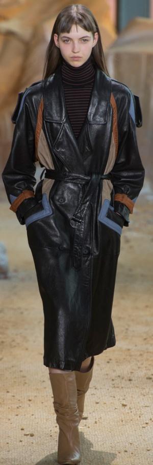 Модное кожаное женское пальто 2018 с погонами и цветными вставками от Lacoste