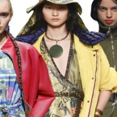 Цвет модных женских курток сезона весна-лето 2017