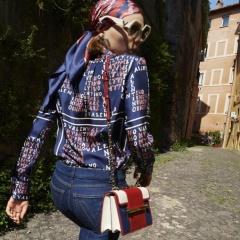 Какие летние наряды самые модные и красивые для женщин за 50 - фото