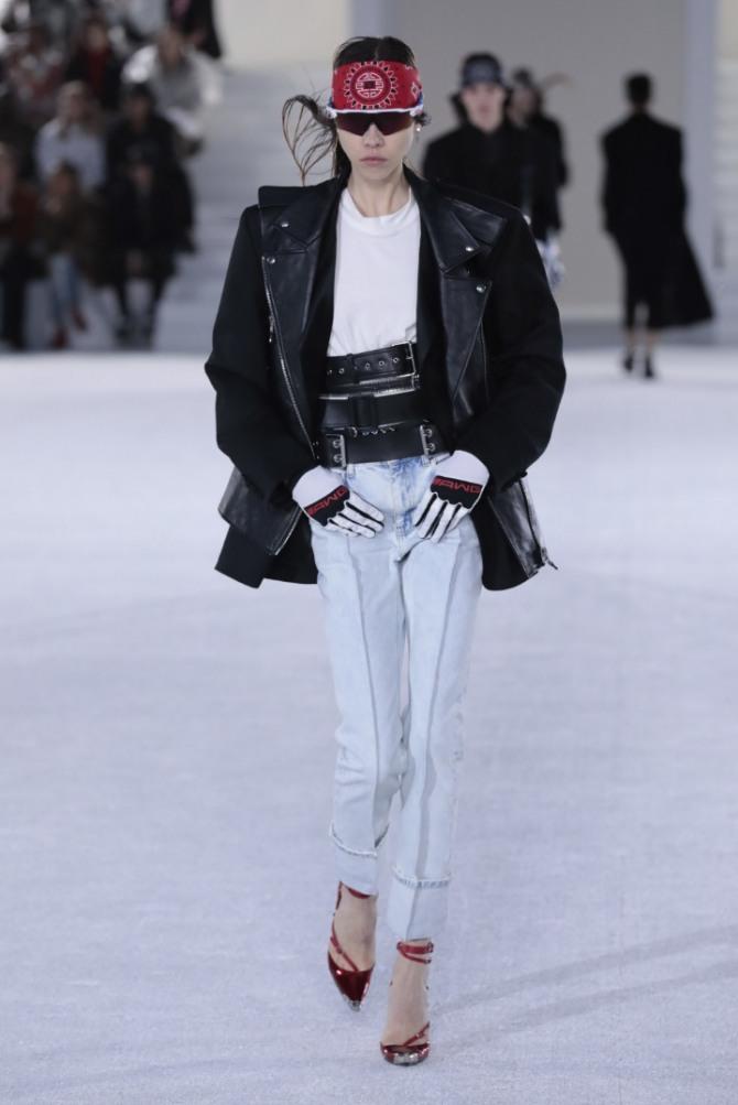 женские стильные черные куртки весна-лето 2019 от бренда Alexander Wang