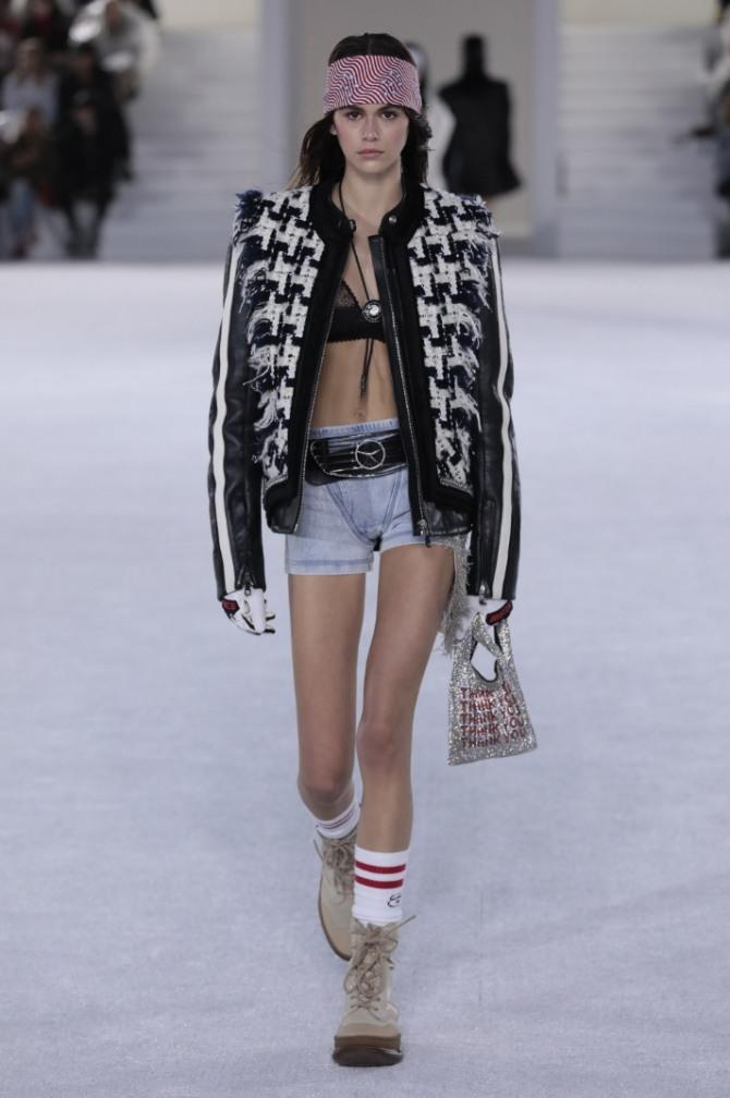 женская модная куртка с черно-белым принтом от Alexander Wang