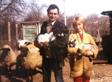 Ирен с мужем Бояном и со своими козлятами