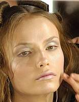 http://newwoman.ru/pic29/090306_makeup5_008.jpg