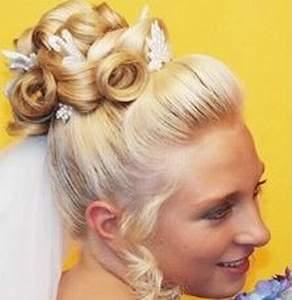 حصريا لعالم المرأة : المجموعة الأولى من تسريحات 2011 wedding_hairdress_34