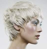 Cтрижку термо-ножницами мужскую, женскую или детскую модельную.  Красота и сила волос и ногтей.  Термическую завивку.