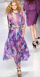 В коллекции Весна 2010 у Etro (Этро) полная гармония цвета и орнамента.