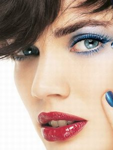 make-up-trends-autumn-winter-2008-2009_04.jpg