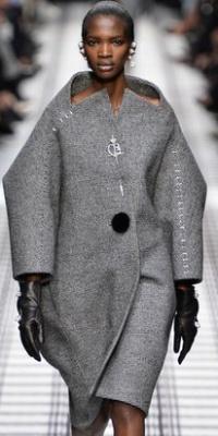 мода пальто для полных женщин