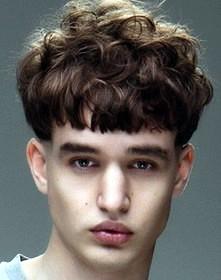 Модельные мужские причёски