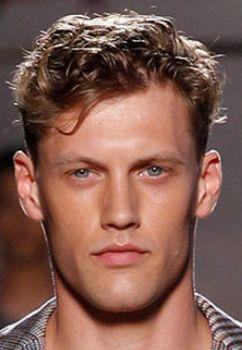 мужские стрижки кудрявых волос короткие