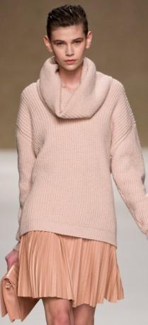 Деловой стиль 2014   Свитер с юбкой и брюками, зимний сарафан. Фото