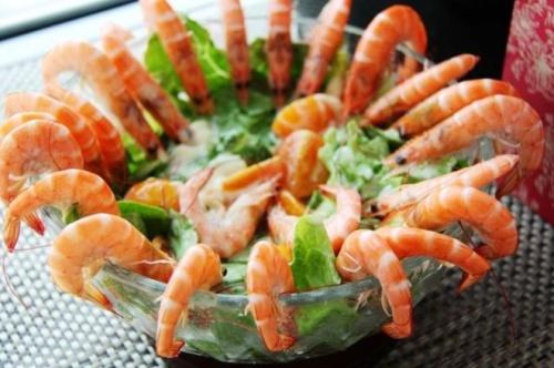 Салаты с креветками - 2 рецепта