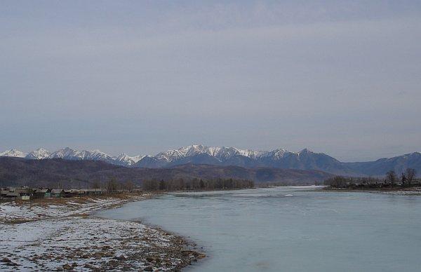 Река иркут и саянские гольцы