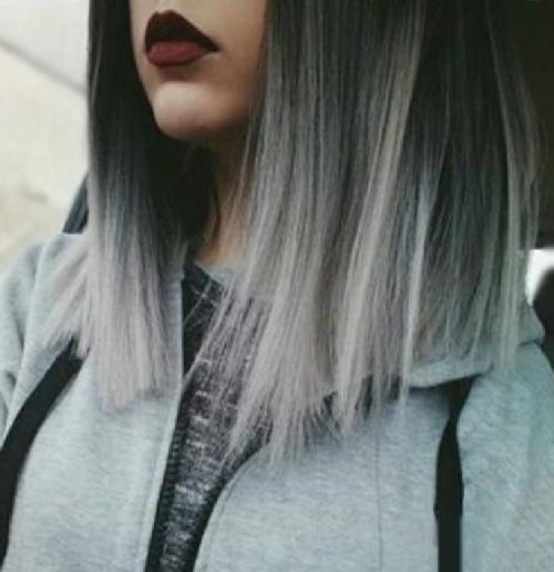 На черные волосы белые пряди фото