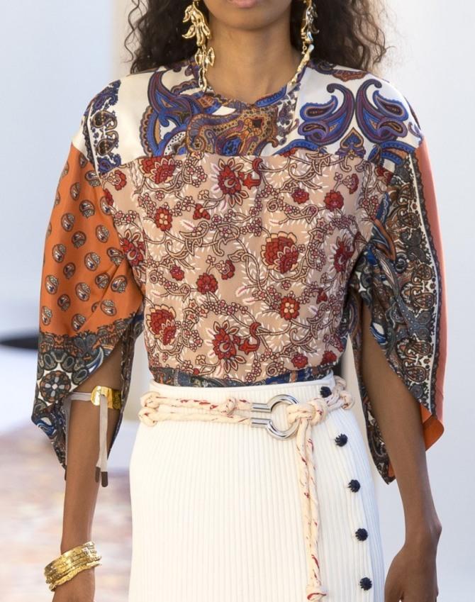 c1cea312eeb6c36 стильная блузка из кусков ткани с различным по цвету и размеру принтом, без  застежки,