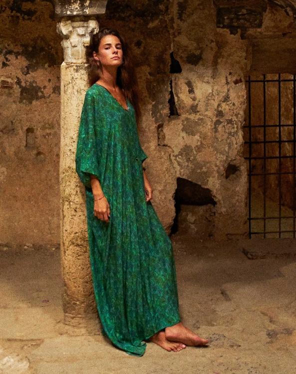 0a1ee3ff76528ea длинное струящееся летнее платье-туника 2019 для полных изумрудного цвета с  рукавами ниже локтей,