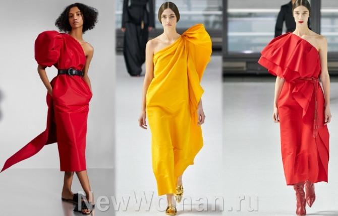 Горячие тренды в сегменте самых модных платьев 2021 года - модная тенденция: асимметрия на одно плечо