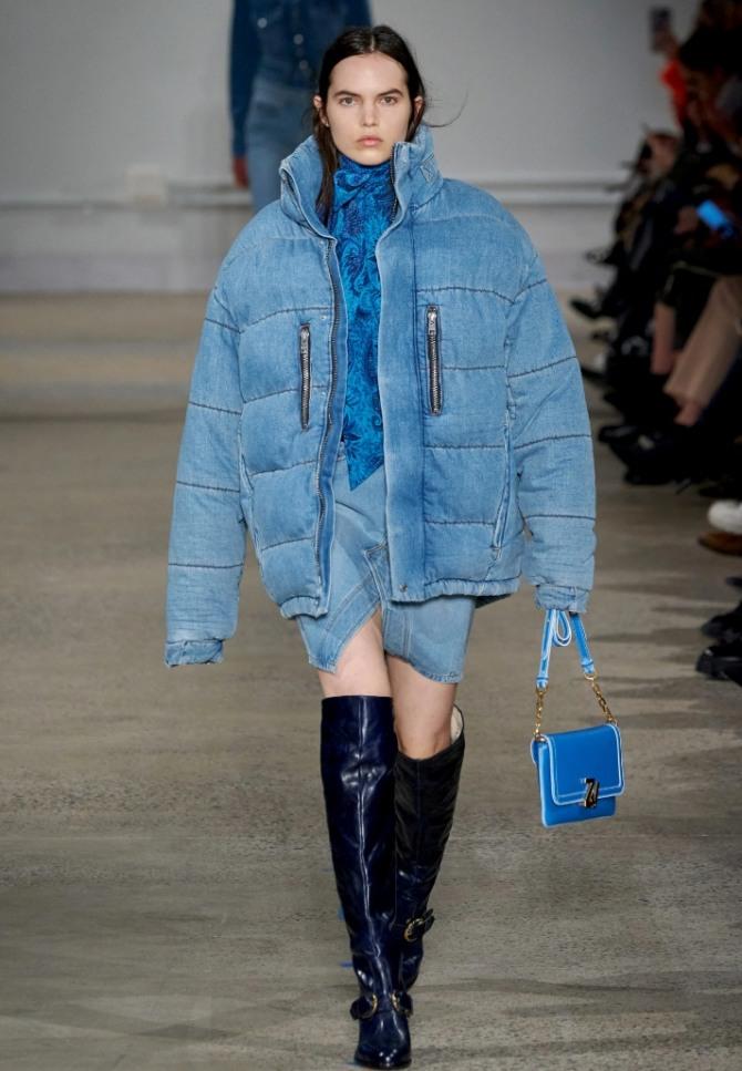 голубая джинсовая объемная куртка оверсайз для девушек из коллекции Zadig & Voltaire осень-зима 2020-2021