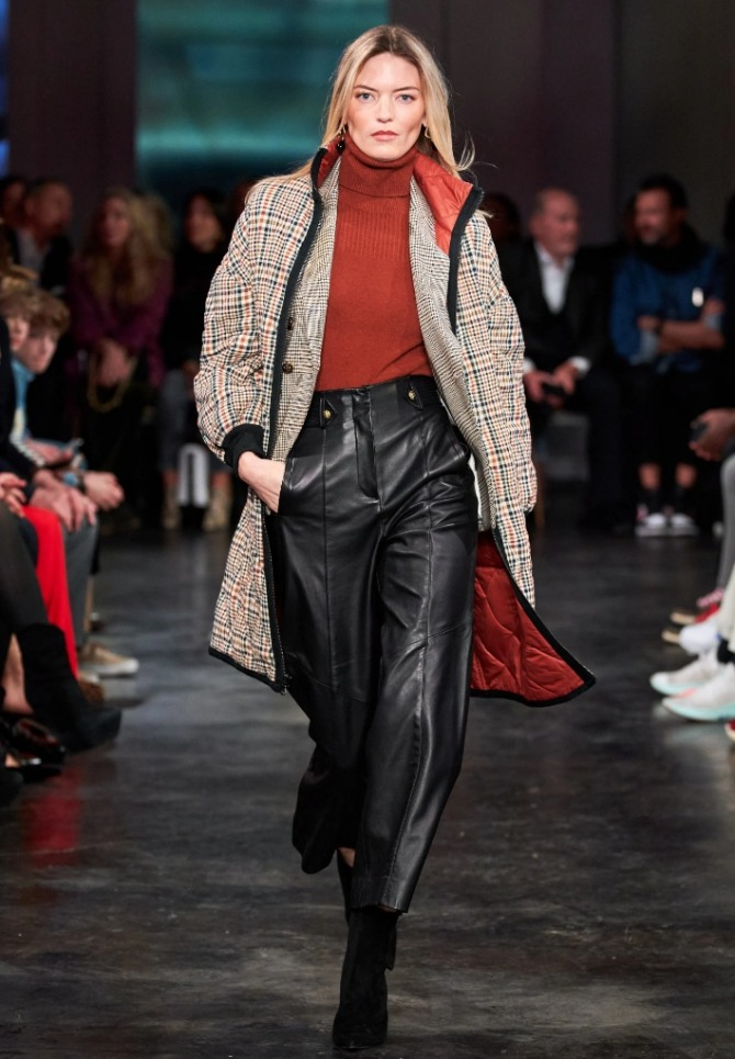 с чем носить и сочетать черные кожаные укороченные женские брюки в 2021 году осенью и весной